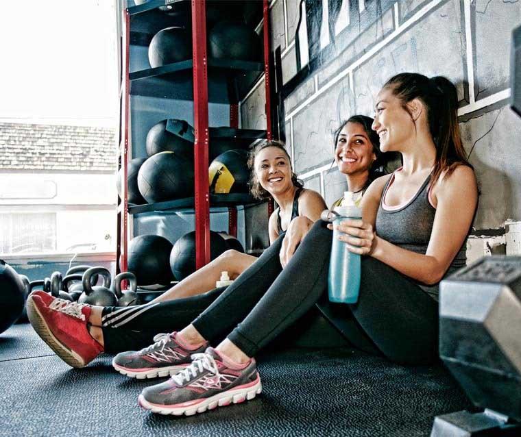 เหงื่อออกหลังจากออกกำลังกาย? แผ่นอนามัยแคร์ฟรี®สามารถทำให้คุณรู้สึกสดชื่นได้